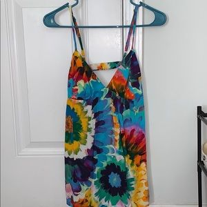 Feathered flowy tank